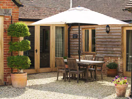 Old Stables - Self catering, holiday, Great Cheverell near
